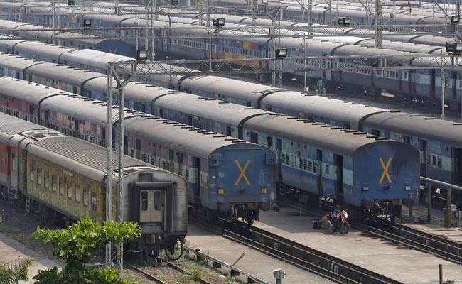 IRCTC cancels 149 trains today (October 4, 2018) - Sakshi