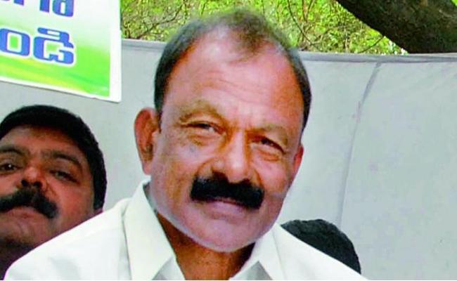 Raghuveera Reddy Fires On BJP Government - Sakshi