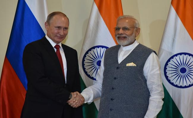 India And Russia Signed Eight Pacts In  Defence And Nuclear - Sakshi