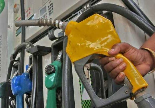 Petrol, diesel rates on the rise again - Sakshi