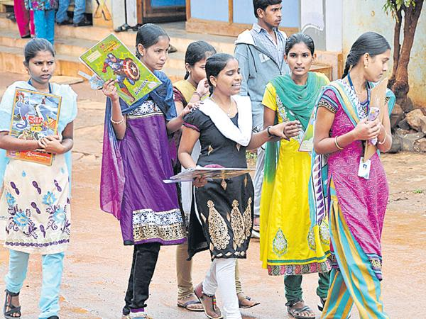 Holidays to junior colleges from today - Sakshi