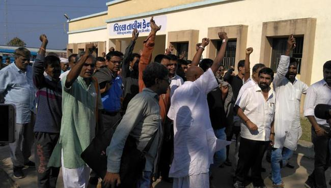 Why Adivasis protesting Against Statue OF Unity - Sakshi
