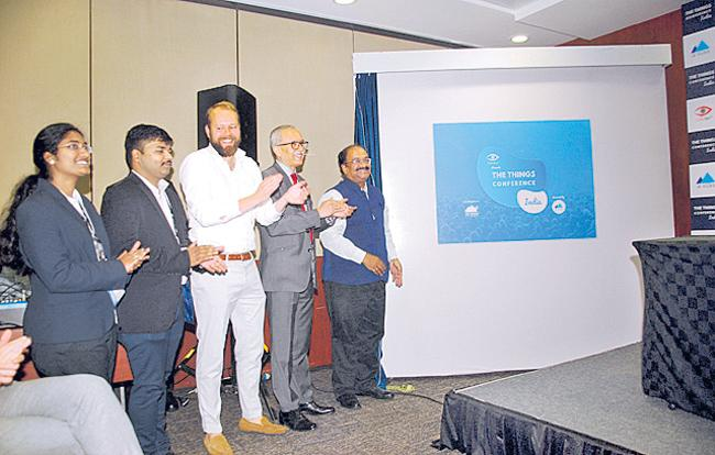 Atal Innovation Mission to come up with initiative for small biz - Sakshi