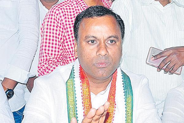 MLC Rajagopal Reddy to contest from nakrekal - Sakshi