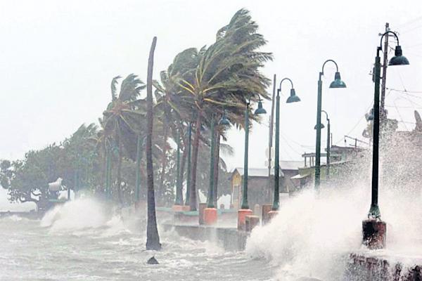 Gaja Cyclone danger to the Andhra Pradesh - Sakshi