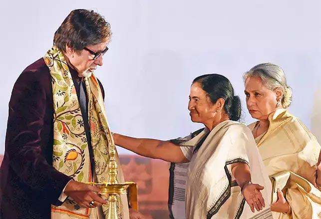 Amitabh Bachchan pleads to West Bengal CM Mamata Banerjee - Sakshi
