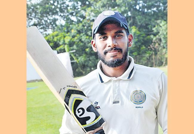 Hyderabad Opener Pradeepuri Akshath Reddy On the second day in the Ranji match - Sakshi