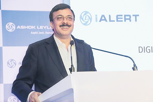 Ashok Leyland Q2 net profit rises 38% YoY at Rs 460 crore - Sakshi