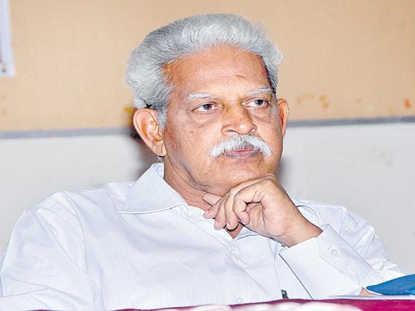 Relief to Varavara Rao In the High Court - Sakshi