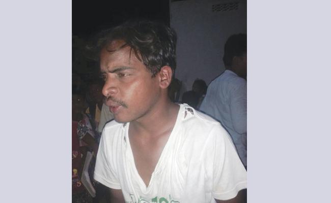 Cheating To Village With Fake Gas Agency In Vizianagaram - Sakshi