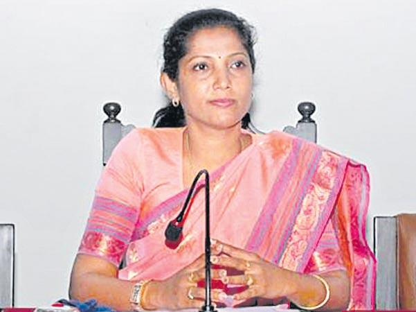 kpcc new president pushpa amarnath controversial comments - Sakshi