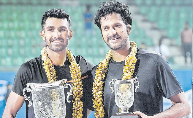 Sakets defeat in the Bangalore Open final - Sakshi