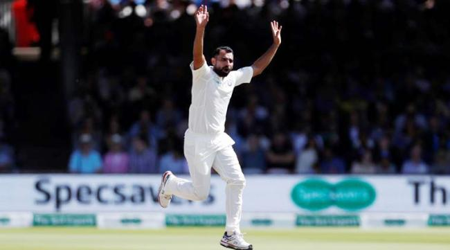 Mohammed Shami allowed to bowl only 15 overs per innings for Bengal - Sakshi