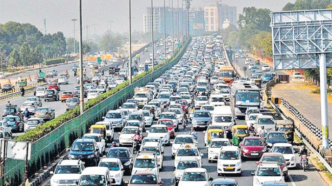 Auto sales in October: Maruti stays flat, Tata Motors shows double-digit growth - Sakshi
