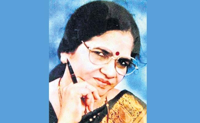 Writer Pramila Devi Died With Heart Stroke In Hyderabad - Sakshi