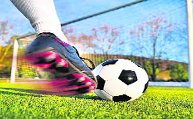 Survey Says Mind Will Be Changed By Playing Football - Sakshi