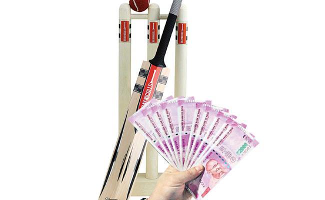 Cricket betting Gangs In ysr kadapa - Sakshi