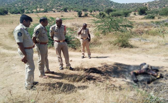 Young Man Murdered in Anantapur - Sakshi