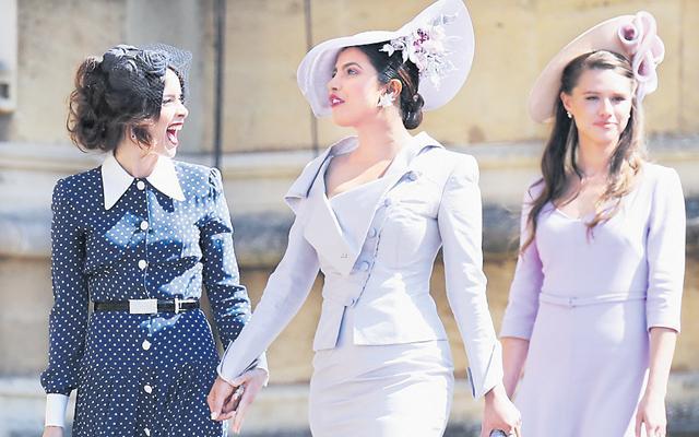 Priyanka Chopra and Nick Jonas to tie the knot in a Christian wedding ceremony on December 3 - Sakshi