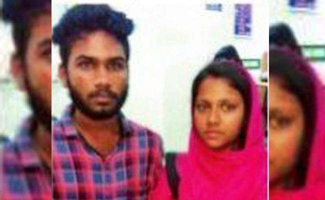 kerala love Couple Commits Suicide Attempt In Tamil Nadu - Sakshi