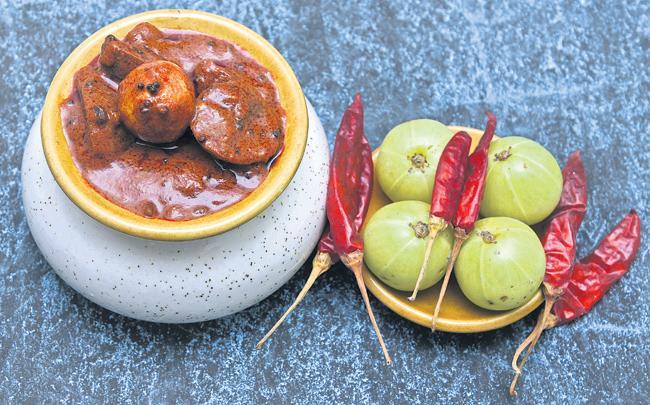 Vitamin  C immunity in Amla - Sakshi