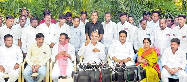 'Evil Congress leaders' misled Sonia Gandhi, says TRS - Sakshi