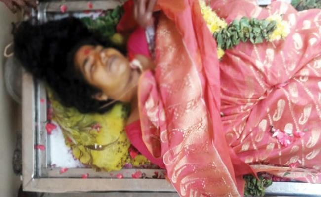 Women Commits Suicide in Chittoor - Sakshi
