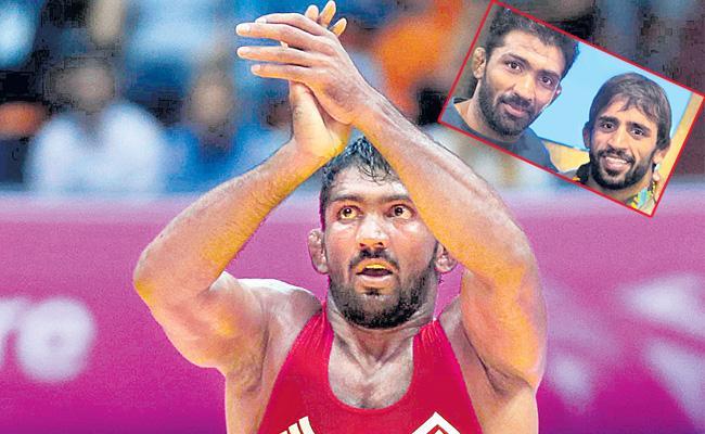 Yogeshwar Dutt happy to have retired for the sake of Bajrang Punia - Sakshi