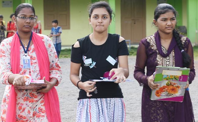 Exam papers Change In Scholarship tests Guntur - Sakshi