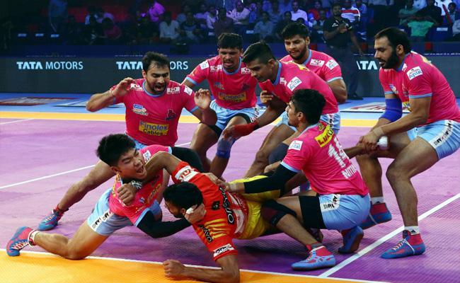 Gujarat Fortune Giants Win - Sakshi