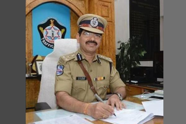 Interview with Warangal Police Commissioner Dr,Vishwanath Ravinder - Sakshi