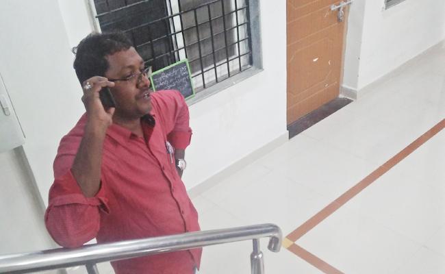 Sri Chaitanya College Lecturer Arrested In Molestation On Student - Sakshi