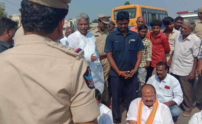 Kanna Lakshminarayana takes on Chandrababu Naidu Government - Sakshi
