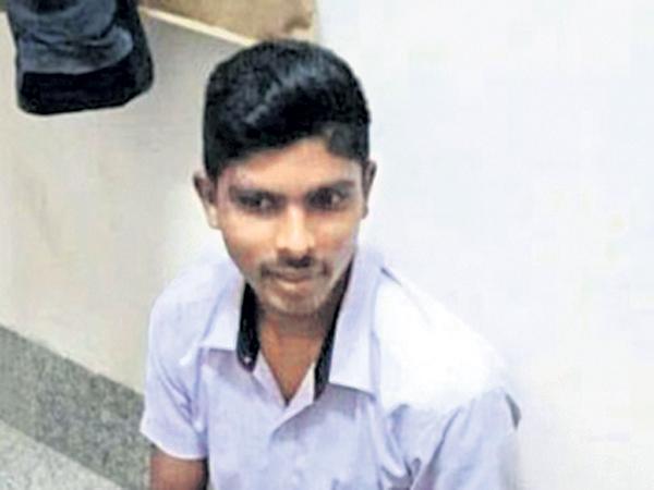 No more police custody to Srinivas Rao - Sakshi