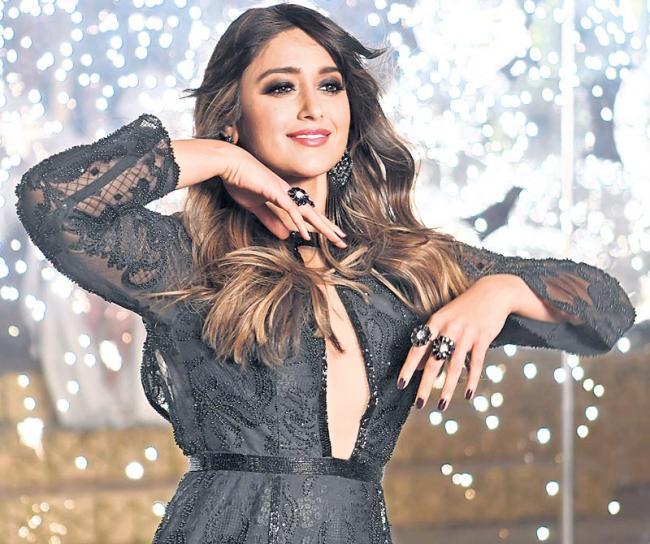 Ileana dubs in Telugu for 'Amar Akbar Anthony' - Sakshi