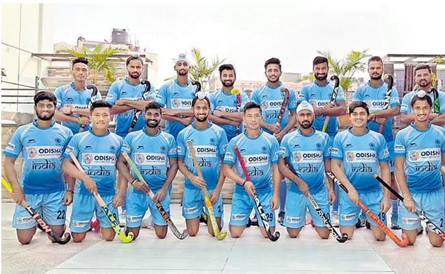 This is the hockey team of india - Sakshi