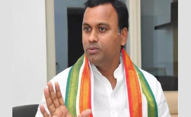 Komatireddy Rajagopal Reddy Supports Chirumarthi Lingaiah - Sakshi