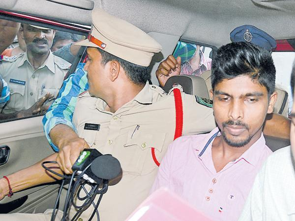 Sit Officers Neglecting Murder Attempt on YS Jagan - Sakshi