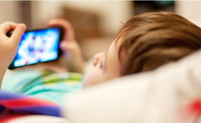 Kids Watching Adults in Smartphones - Sakshi