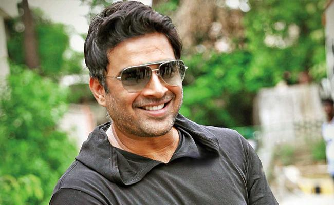 Madhavan Gave Clarity On Ravitej Vi Anand Movie - Sakshi