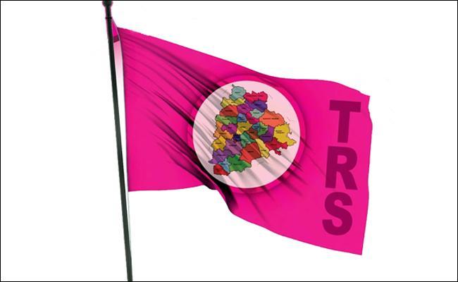 TRS Only One Seat Won In Khammam District - Sakshi
