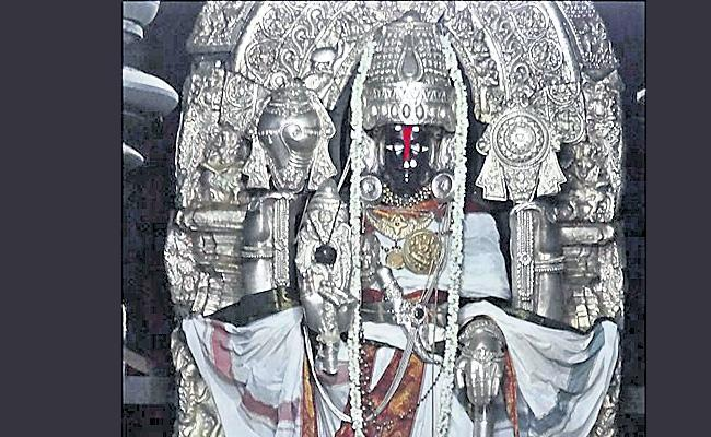 Beluru Chena Kesavayam of Karnataka is named after the sculptor - Sakshi