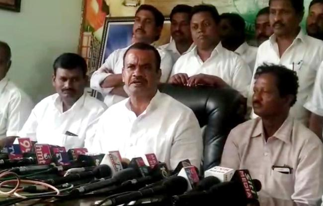 I Will Contest For Parliament Says Komatireddy Venkat Reddy - Sakshi