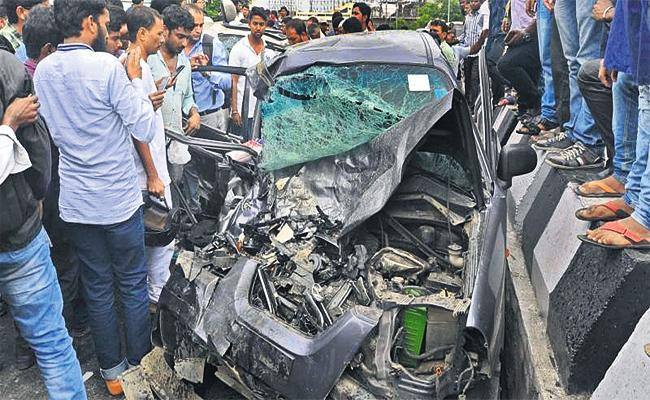 Road Accidents With Only Negligence in Hyderabad - Sakshi