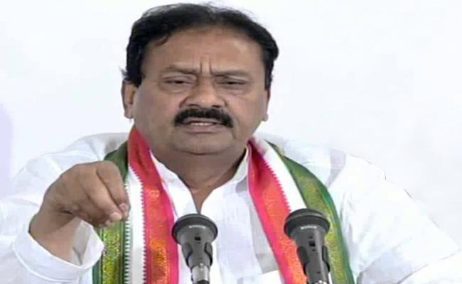 Congress Leader Shabbir Ali Fires On KCR - Sakshi
