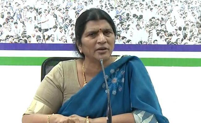 YSRCP Leader Lakshmi Parvathi Fires On Chandrababu Bharat Ratna To NTR - Sakshi