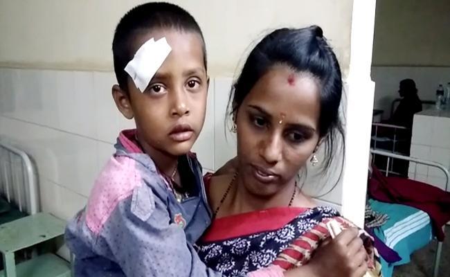 Anganwadi Teacher Beaten Child in Karnataka - Sakshi