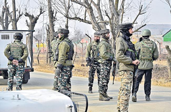 6 terrorists belonging to Zakir Musa-led outfit killed - Sakshi