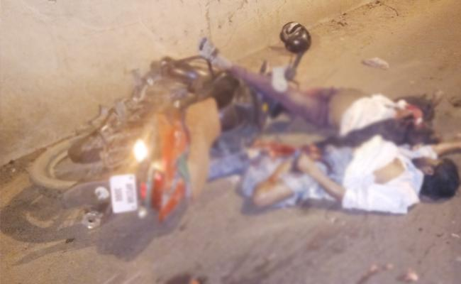 Workers Died in Bike Accident PSR Nellore - Sakshi