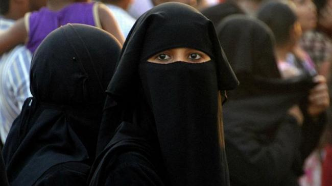 Government says  Humanity First Over Politics On Triple Talaq Bill - Sakshi